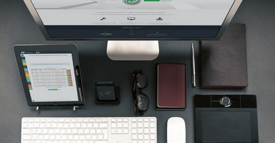25-hero-mockups-november-2014_workstation-mockup